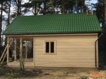 Чем лучше покрыть крышу дома Металочерепицей или ондулином.